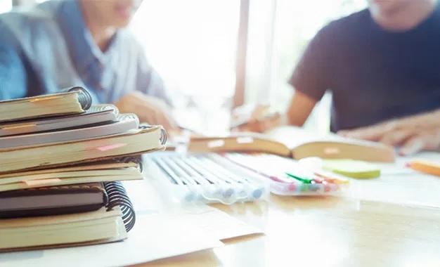 بشروط: وزارة التربية تسمح بتنظيم دروس تدارك لتلاميذ الباكالوريا