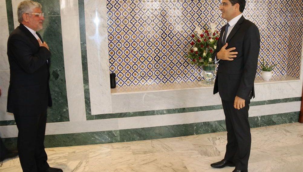 وزير الشؤون الخارجية يلتقي سفير إيران بتونس