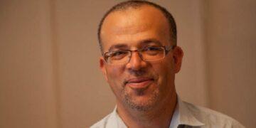 """ديلو: """"لا يمكن منع التونسيين من العودة وفتح الحدود هو الخيار الوحيد"""""""