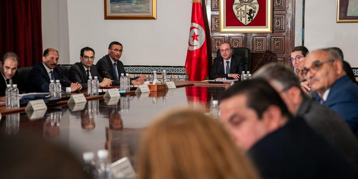 مجلس الوزراء يصادق على عدد من مشاريع القوانين والأوامر الحكومية