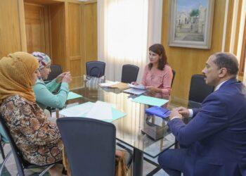 مشروع أمر حكومي يتعلّق بتأجير الرؤساء والمديرين العامين بالمؤسسات والمنشآت العمومية