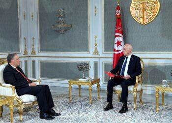 قيس سعيّد يُؤكد اختفاء ملف حادثة سيارة ادارية من المحكمة الابتدائية بتونس