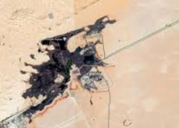 بحيرة من النفط في برج الخضراء: وزارة الطاقة توضح