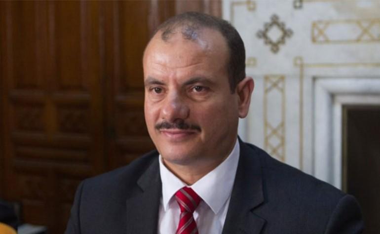 """أنس حمايدي: """"نقلة زوجة رئيس الجمهورية فيه جانب كبير من التعسف"""""""