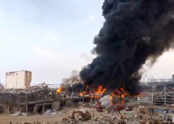 لبنان: حريق جديد في أحد مستودعات مرفأ بيروت