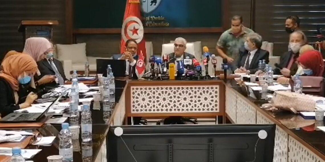وزير التربية: سيتم اعتماد نظام الأفواج والدراسة يوم بيوم