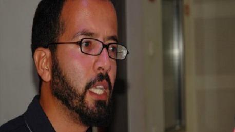 """الفاضل عاشور :""""خطاب وزارة الشؤون الدينية لا يرتقي للتصدي للفكر الظلامي ..و يجب أن تصبح المساجد فضاء مفتوحا للفنون و الثقافة """""""