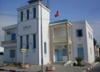 بسبب نشره لأسماء المصابين بكورونا ..رئيس بلدية مهدد بالسجن