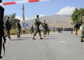 لبنان: مقتل 3 عسكريين خلال مداهمة منزل إرهابي مطلوب