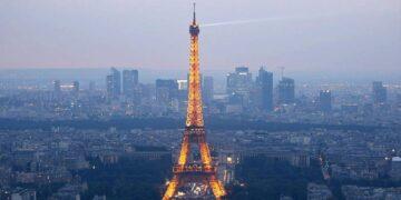 دوي انفجار يهز العاصمة الفرنسية باريس