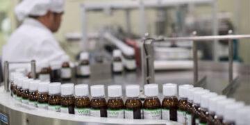 مصانع الأدوية في تونس تواجه صعوبات في التزود بالمواد الأولية