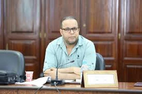 """المقرر المساعد للجنة المالية :""""تونس على حافة الانهيار ..ويجب إيقاف كل الزيادات """""""