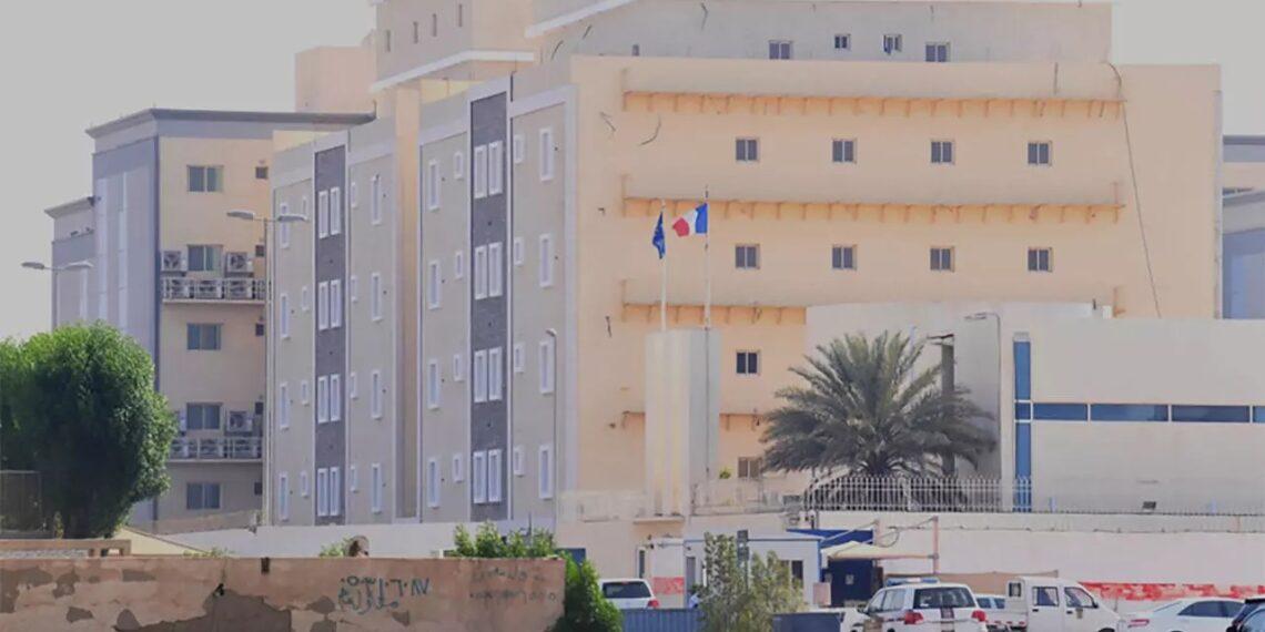 السعودية: هجوم بسكين على حارس في القنصلية الفرنسية بجدة