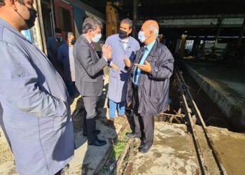 وزير النقل في زيارة فجئية إلى ورشات الصيانة لشركة السكك الحديدية