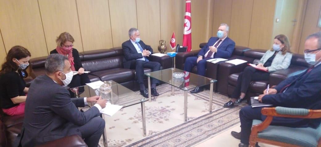 وزير الاقتصاد والسفير الفرنسي يتفقان على اجتماع فريق العمل المشترك للاستثمار