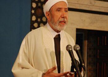 مفتي الجمهورية: الصلاة في المساجد ليست واجبة