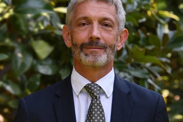العثور على القنصل الفرنسي مشنوقا في المغرب