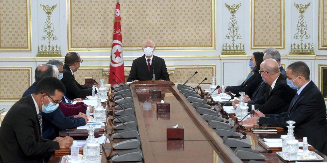 رئيس الجمهورية يدعو إلى تشريك المنظمات الدولية لاسترجاع الأموال المنهوبة