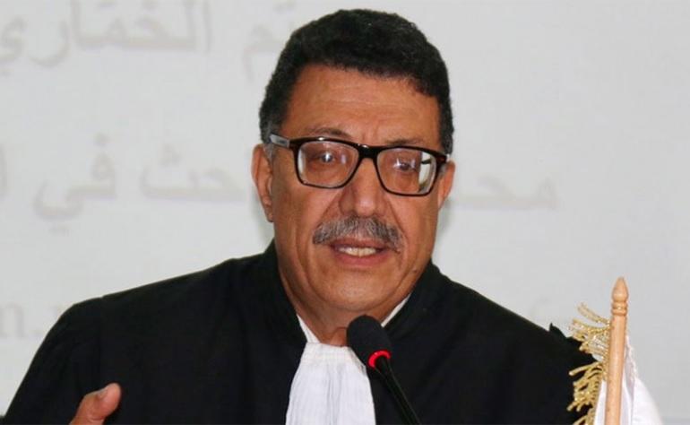 """عميد المحامين: """"ما يحدث بالمحاكم ينذر بالخطر"""""""