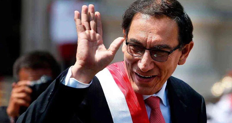 البيرو: عزل رئيس البلاد على خلفية اتهامه بالرشوة