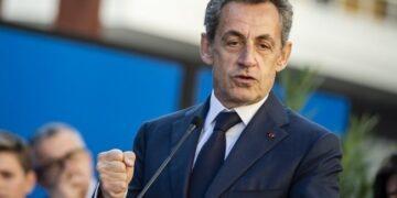 فرنسا: بدء محاكمة ساركوزي بتهمة الرشوة واستغلال النفوذ