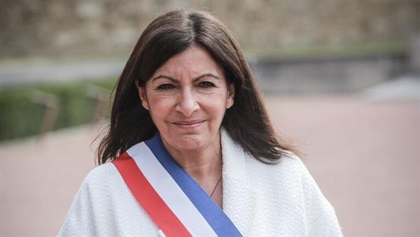 """بسبب """"توظيف الكثير من النساء"""": غرامة مالية ضدّ بلدية باريس"""
