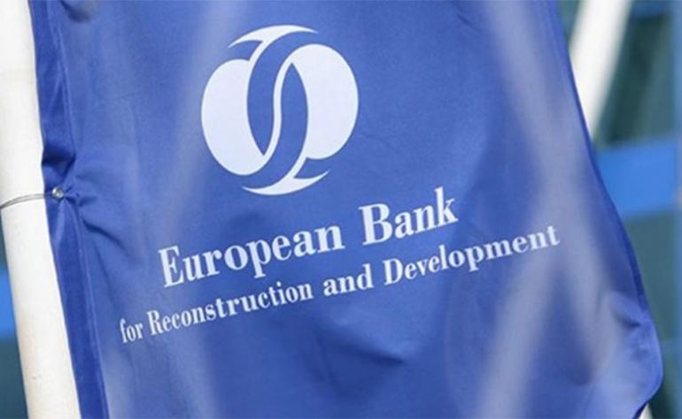 توقيع اتفاقية قرض بقيمة 5 ملايين أورو مع البنك الأوربي للإنشاء والتعمير