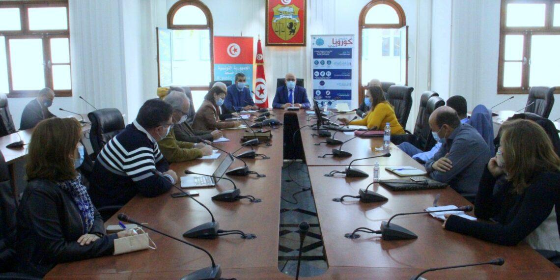 لجنة مجابهة كورونا تتوصل إلى بلورة مقترحات للحفاظ على صحة المواطن