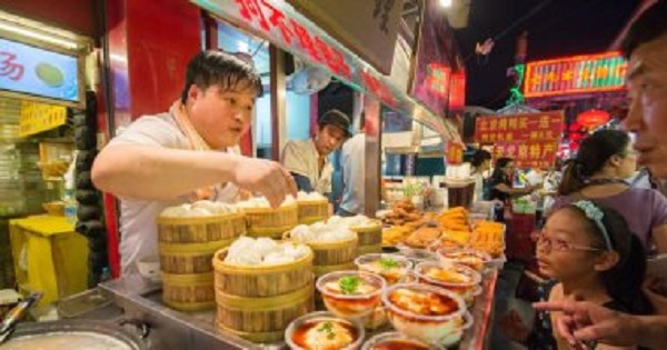 الصين تدرس قانون لمنع إهدار الطعام