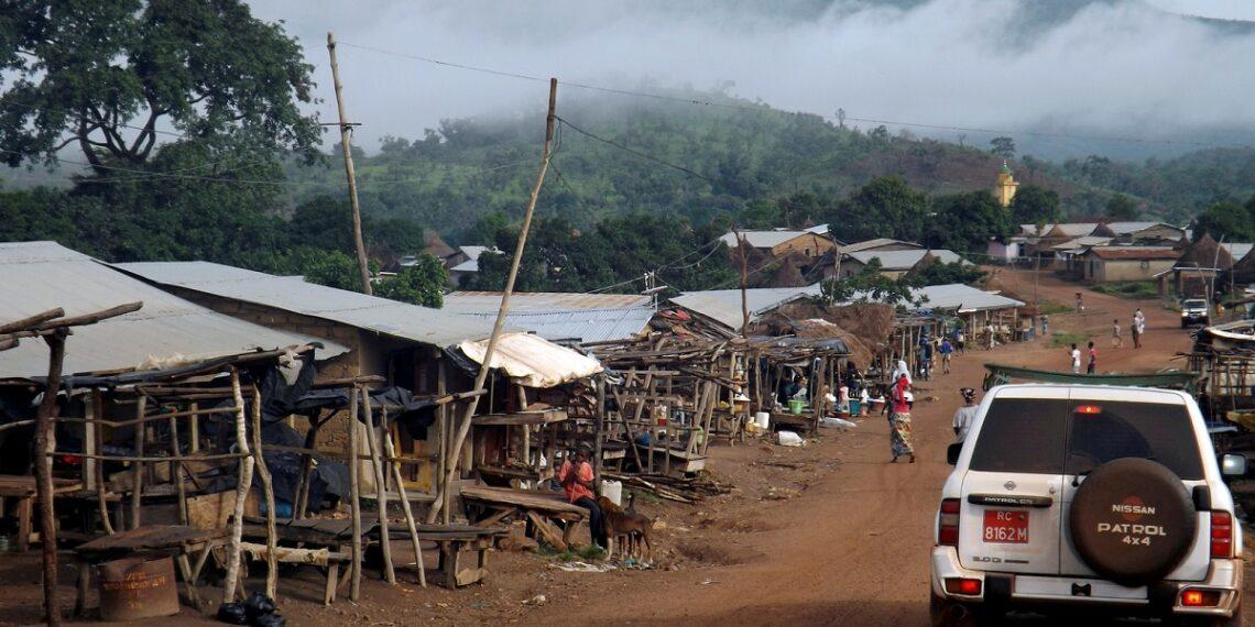غينيا: أعمال عنف طائفية تؤدي إلى مقتل أكثر من 10 أشخاص