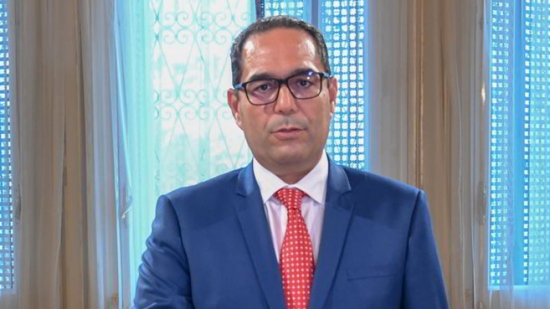 """عماد بوخريص: """"بين الكورونا والفساد أكثر من وجه شبه"""""""