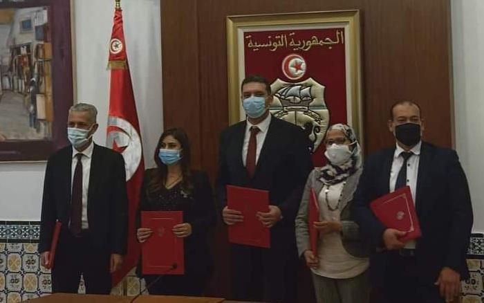 إمضاء اتفاق بين الحكومة و نقابة القضاة