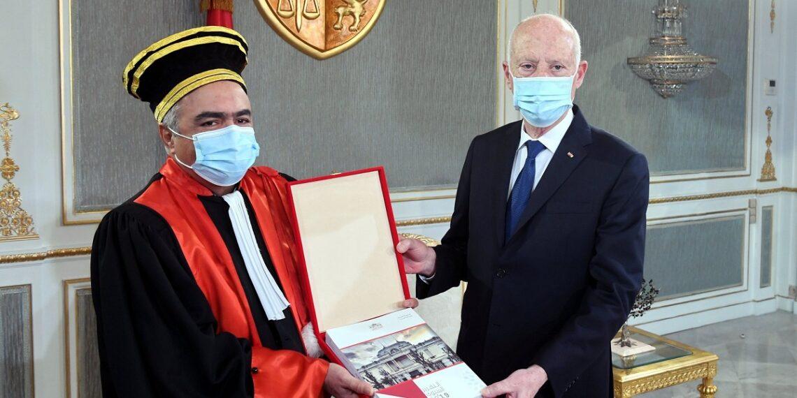رئيس الجمهورية يتلقى التقرير السنوي للمحكمة الادارية