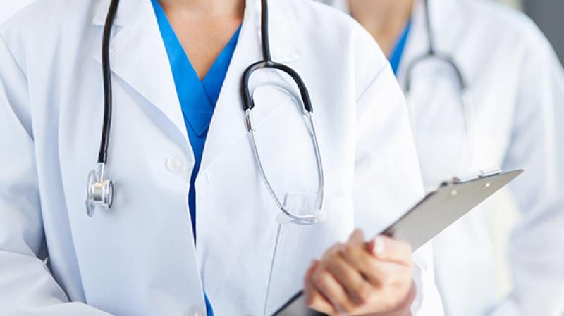 نحو تركيز منصة الكترونية لإجراء عيادات مجانية عن بعد لمصابي كورونا