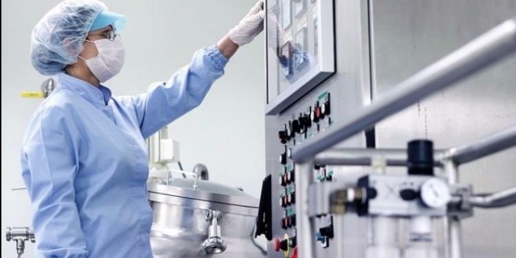 تونس تسعى الى رفع قيمة الاستثمارات المباشرة في قطاع الصناعات الصيدلانية الى 2 مليار دينار