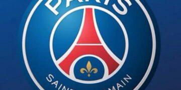 باريس سان جيرمان يعلن التخلي عن المدرب توخيل