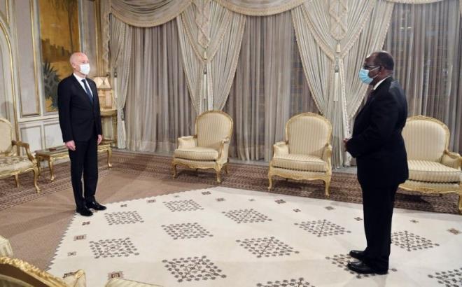 رئيس الجمهورية يتلقى رسالة من نظيره الغاني