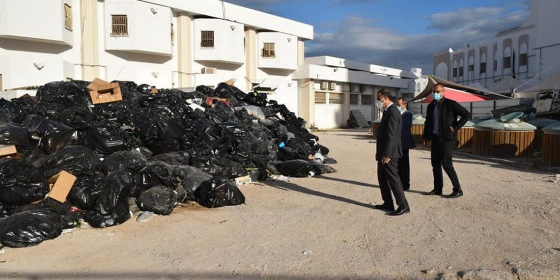 صفاقس :اختفاء 120 طنا من النفايات الخطيرة من مستشفى الهادي شاكر