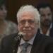 وزّع اللقاح على أصدقائه قبل الحملة: استقالة وزير الصحة الأرجنتيني