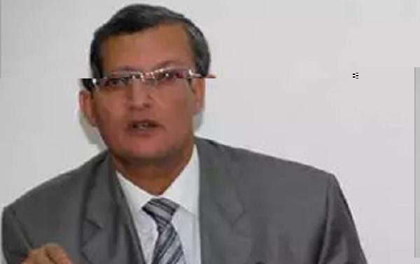 خالد قدور: الحكومة مُجبرة على الترفيع في أسعار المحروقات