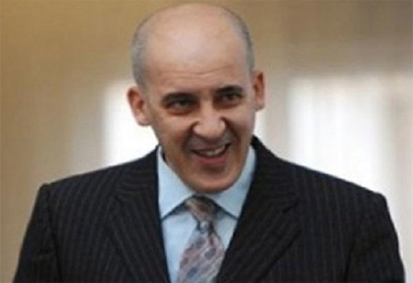 """معز السيناوي:""""مقاطعة كامبانيا ستأخذ الضمان من الدولة الإيطالية لإعادة النفايات"""""""