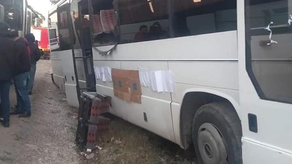 إصابة 30 عاملا في حادث انزلاق حافلة بالمنستير