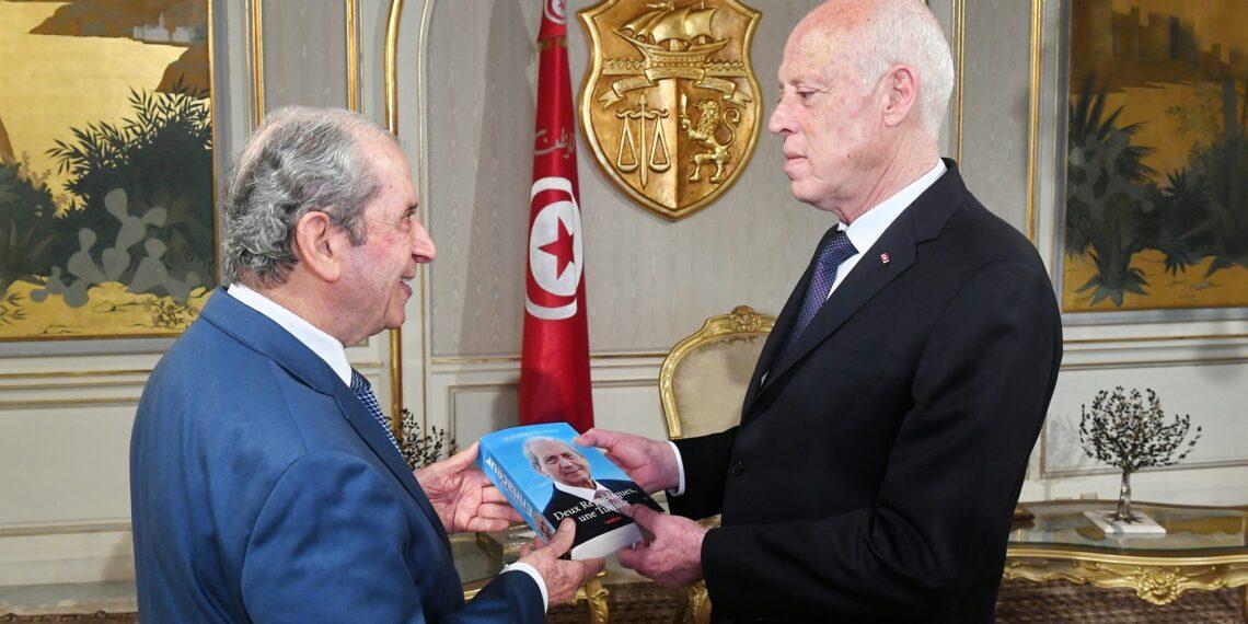 قيس سعيد يلتقي محمد الناصر