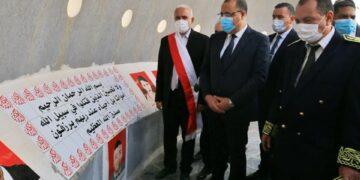 رئيس الحكومة يتلو الفاتحة ترحما على أرواح شهداء ملحمة بن قردان