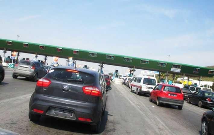 محتجون يغلقون الطريق السيارة تونس- سوسة