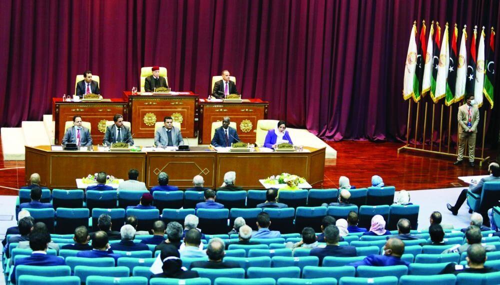 الحكومة الليبية تؤدي اليمين أمام مجلس النواب في طبرق