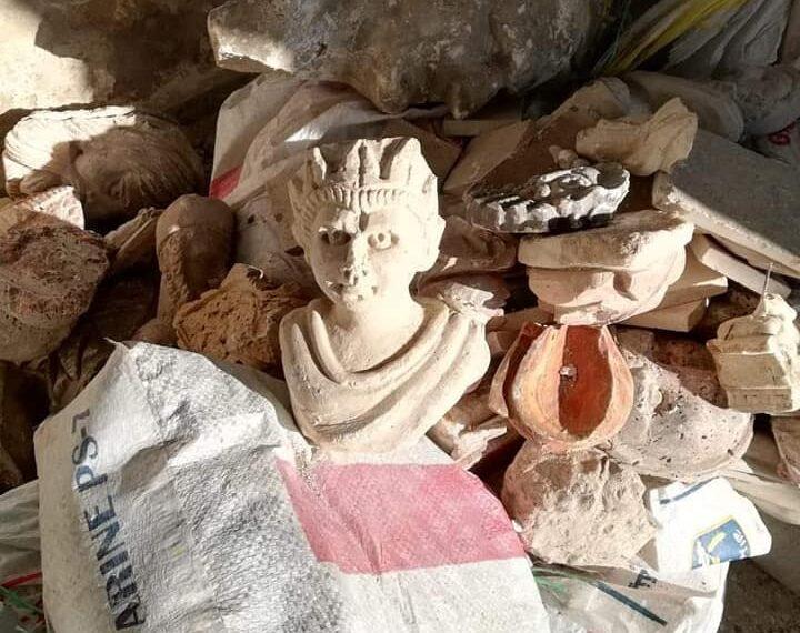 رواد: العثور على كميات هامة من القطع الأثرية (صور)