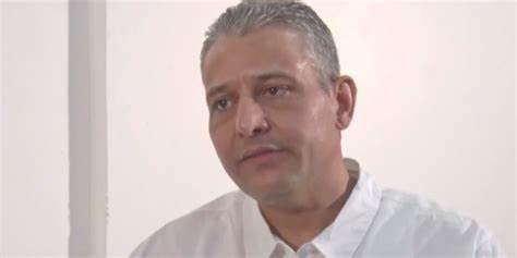عماد الطرابلسي يرفض الصعود لجلسة المحاكمة