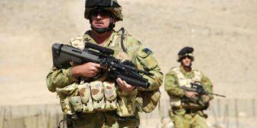 استراليا تحقق في حالات انتحار بين عسكرييها