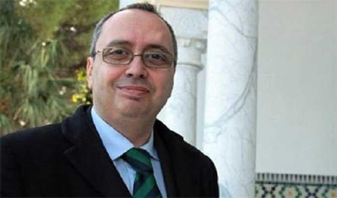 ماكرون يستقبل سفير تونس بفرنسا ويقبل أوراق اعتماده